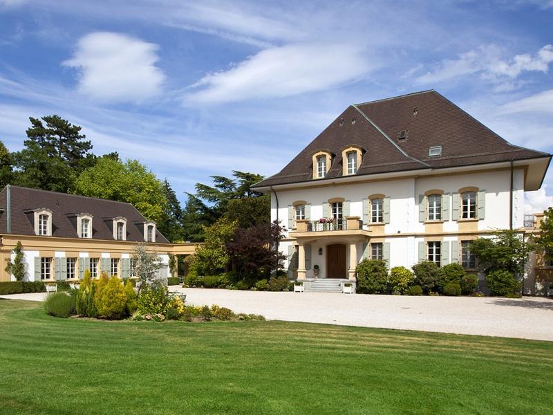 如何在瑞士购买房地产?注意事项有哪些?