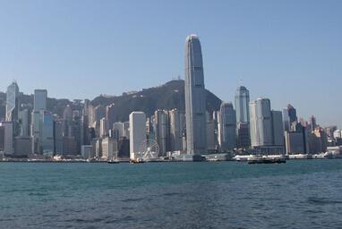 """港台楼市规则:看香港是怎样处理""""土地续期""""的?"""