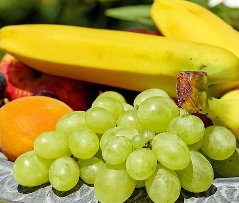 适合冬季吃的水果有哪些?水果吃越多越好吗?