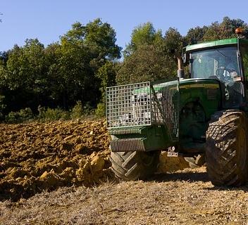 土地流转给农民带来了哪些好处?