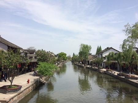 平湖新埭在嘉兴实现土地整镇流转 给流转后农民的收入算一笔账