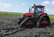黑龙江优先在贫困村建设现代农机合作社