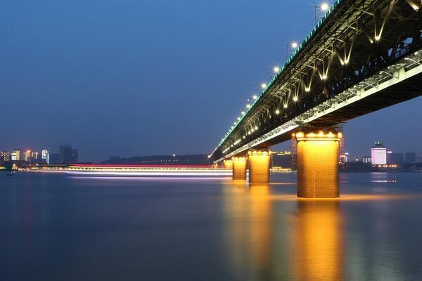 湖北武汉:长江新城起步区纳入住房限购范围暂停分户立户和搭户(附《通告》全文)