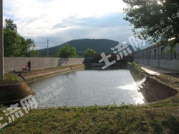 四平山门水库1万平山庄出售