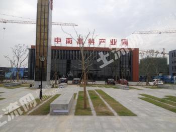 承南启东,链接上海的核心地段,工业用地