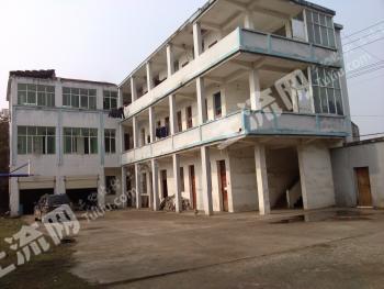 嘉鱼县簰洲湾15亩厂房转让或出租