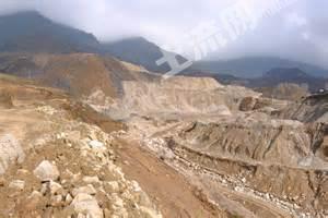 稀土矿转让,在缅甸和西双版纳交界的地方。